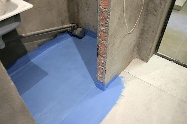 Сухая стяжка в туалете, покрытая слое гидроизоляции