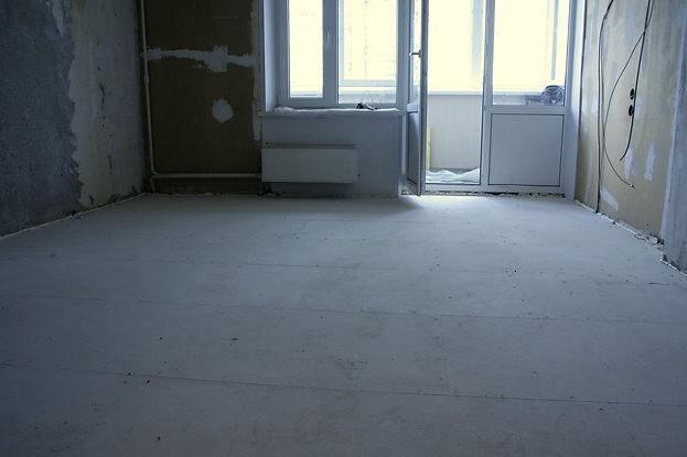 Насыпные полы Кнауф в комнате