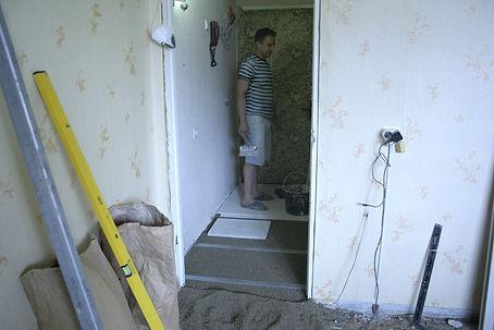 Монтаж сухой стяжки Кнауф в коридоре