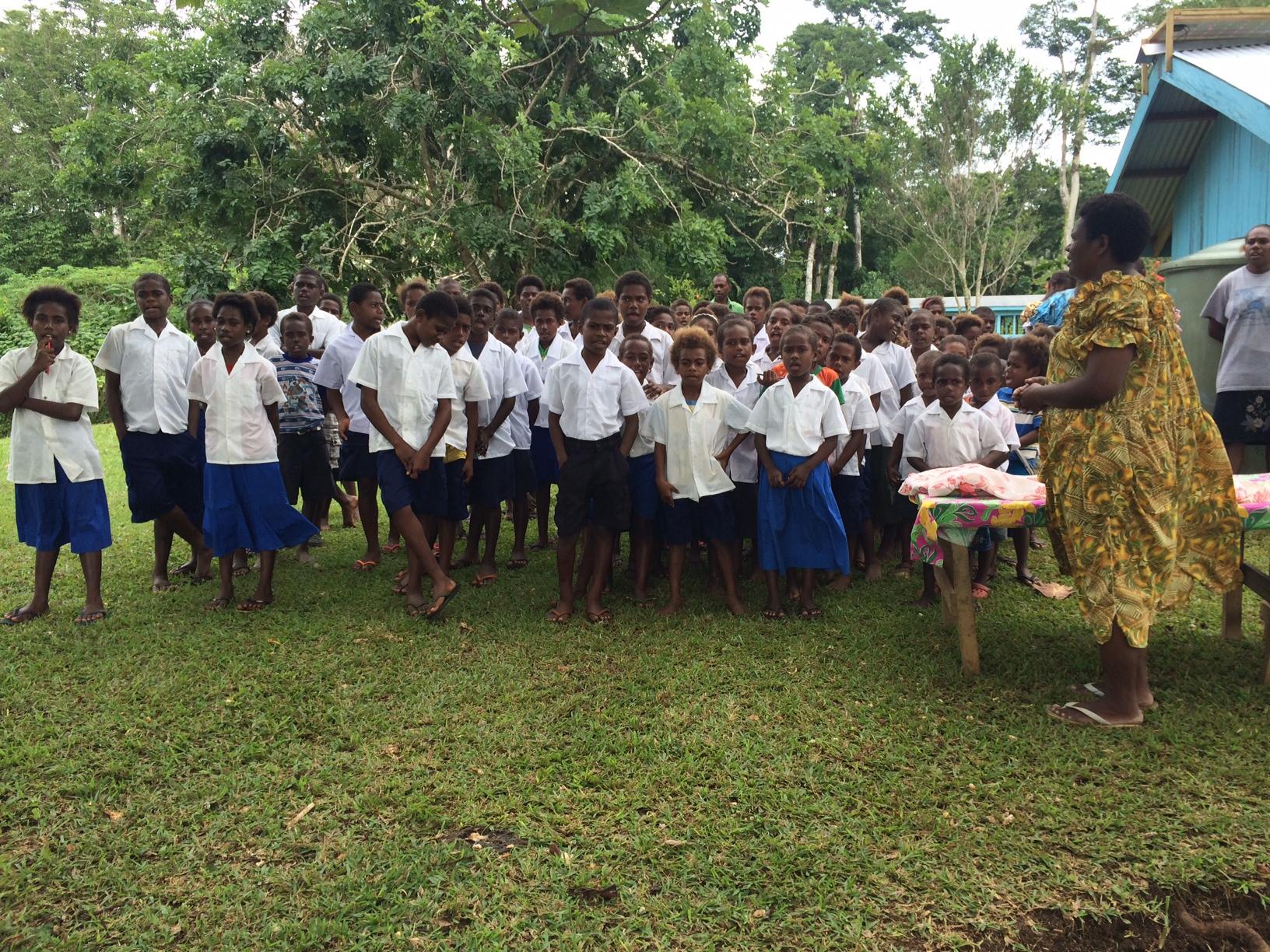 Iethvekar Vanuatu-children.JPG
