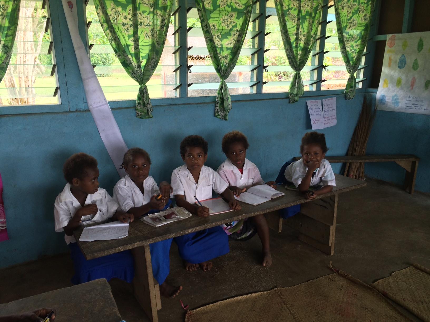 Iethvekar Vanuatu-Workinghard2.JPG