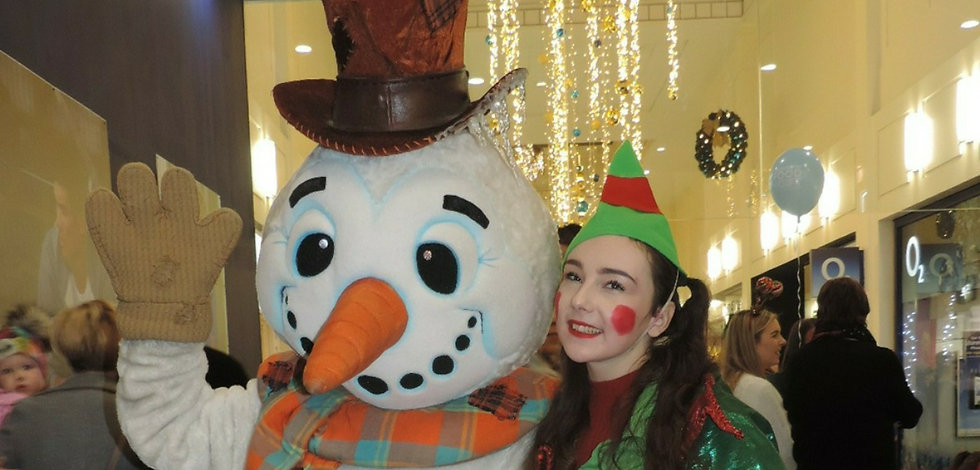 snowman and elf walkabout act