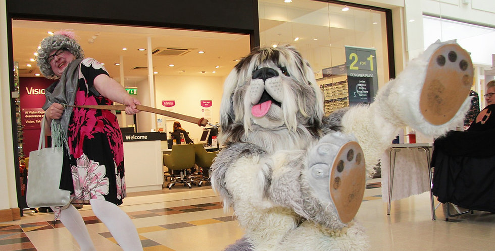 dotty and snuggles giant dog walkabout act
