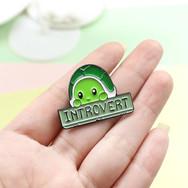 Pins Tortue Introvertie