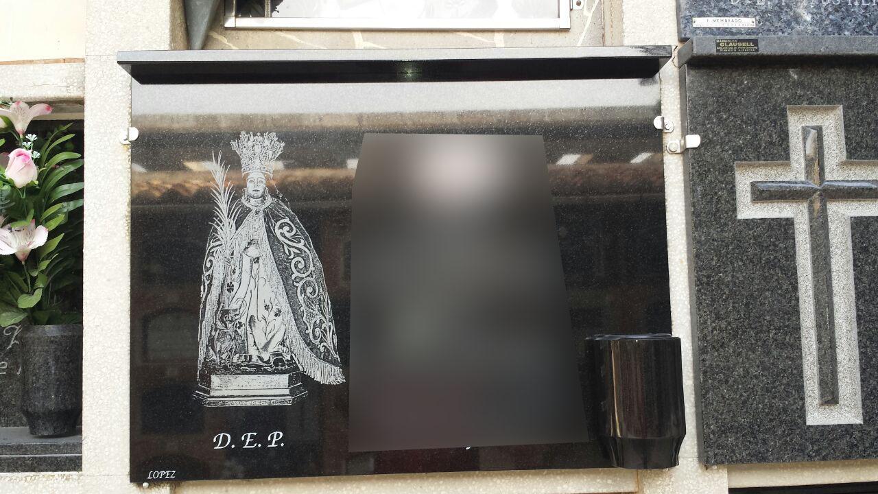 Lapida laser Virgen Santa Quiteria