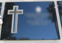 Lapida cruz dos fondo picado