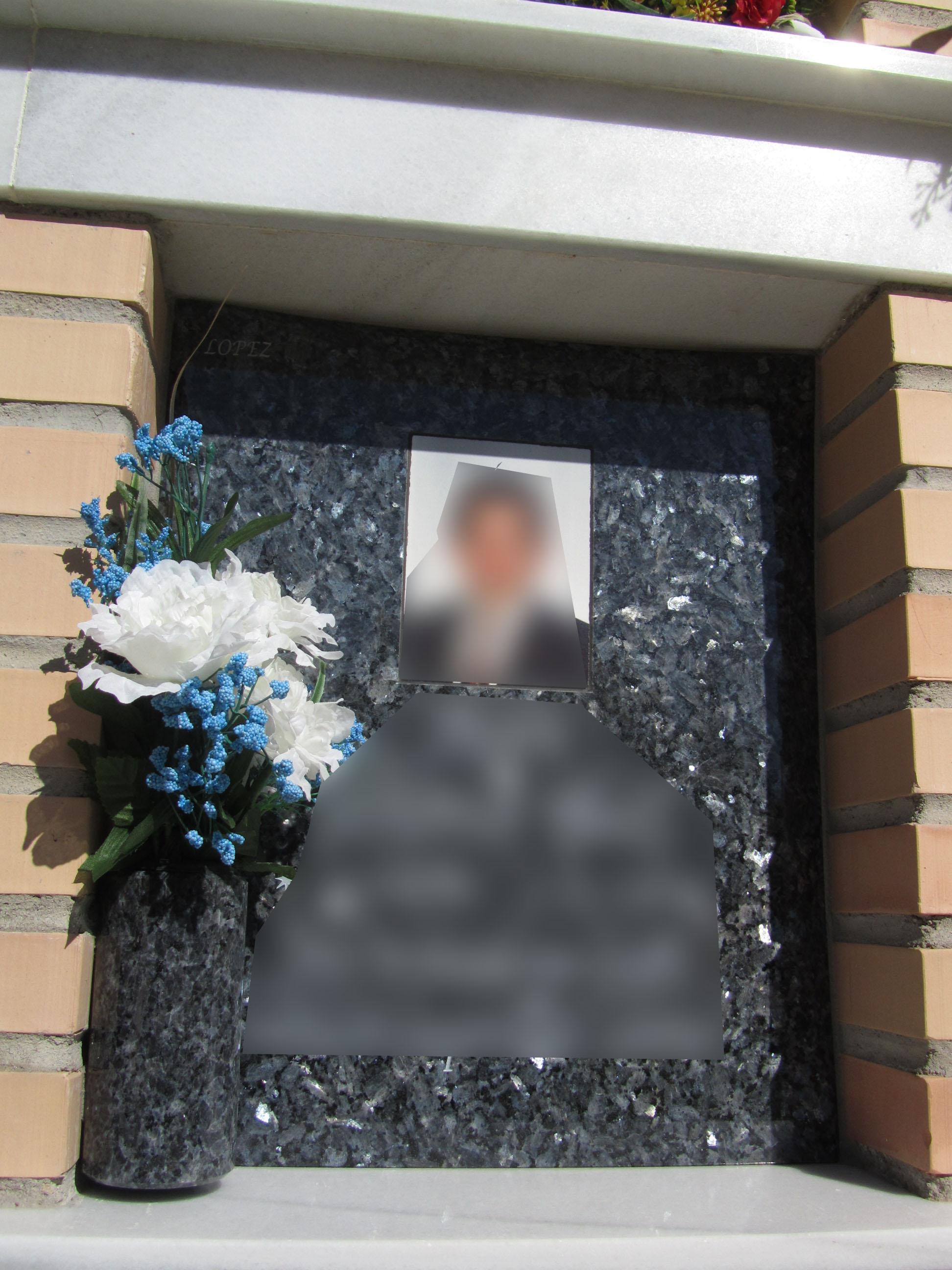 Lapida columbario foto incrustada