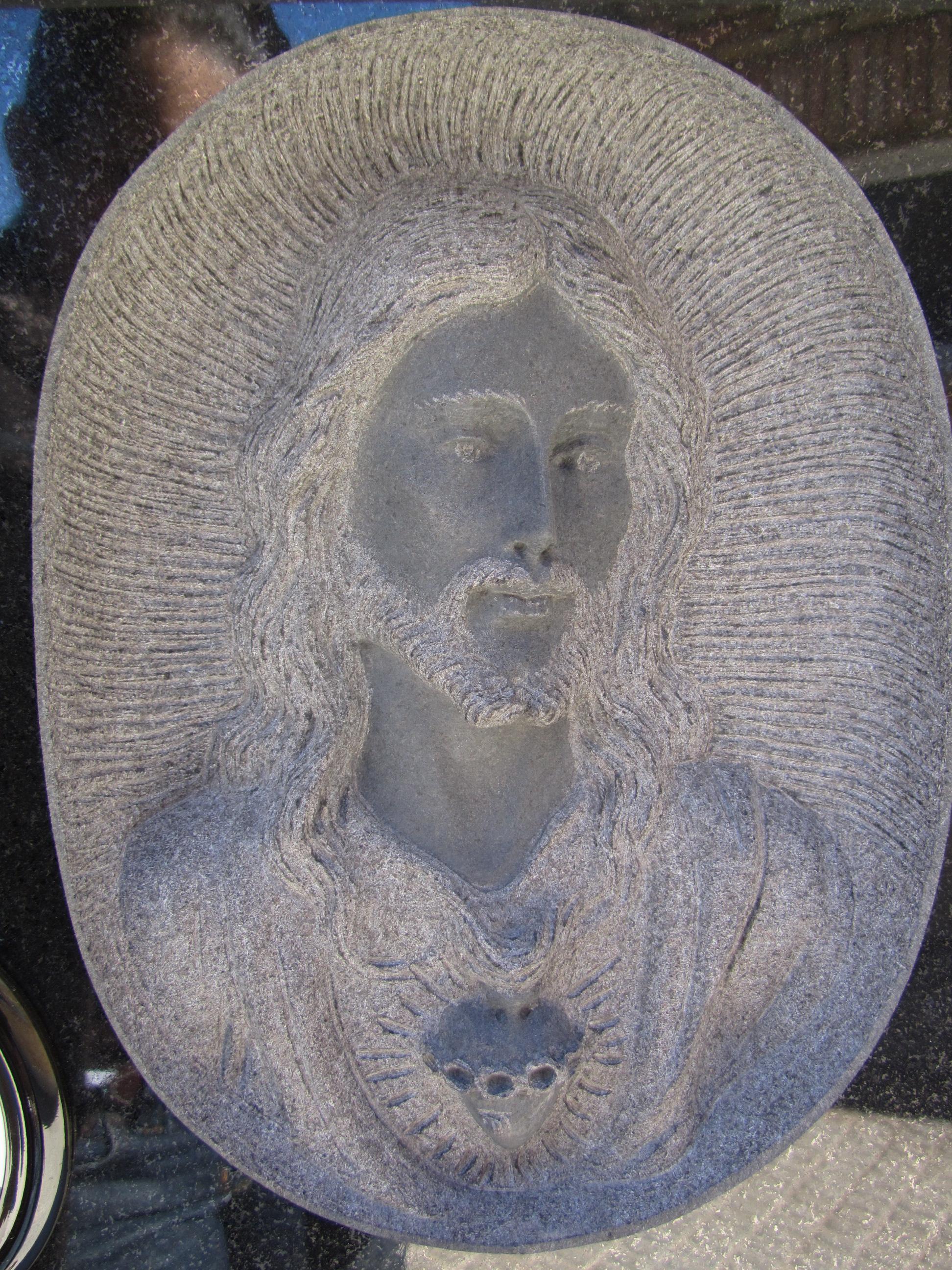 Lapida columbario escultura