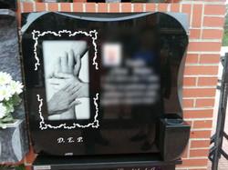 Lapida laser personalizada manos