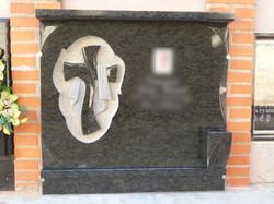 Lapida cruz manto picado