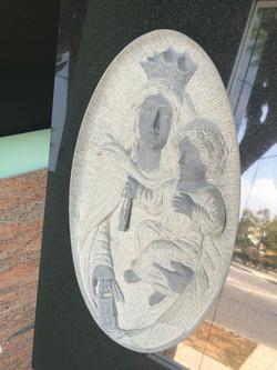 Lapida escultura Virgend del carmen