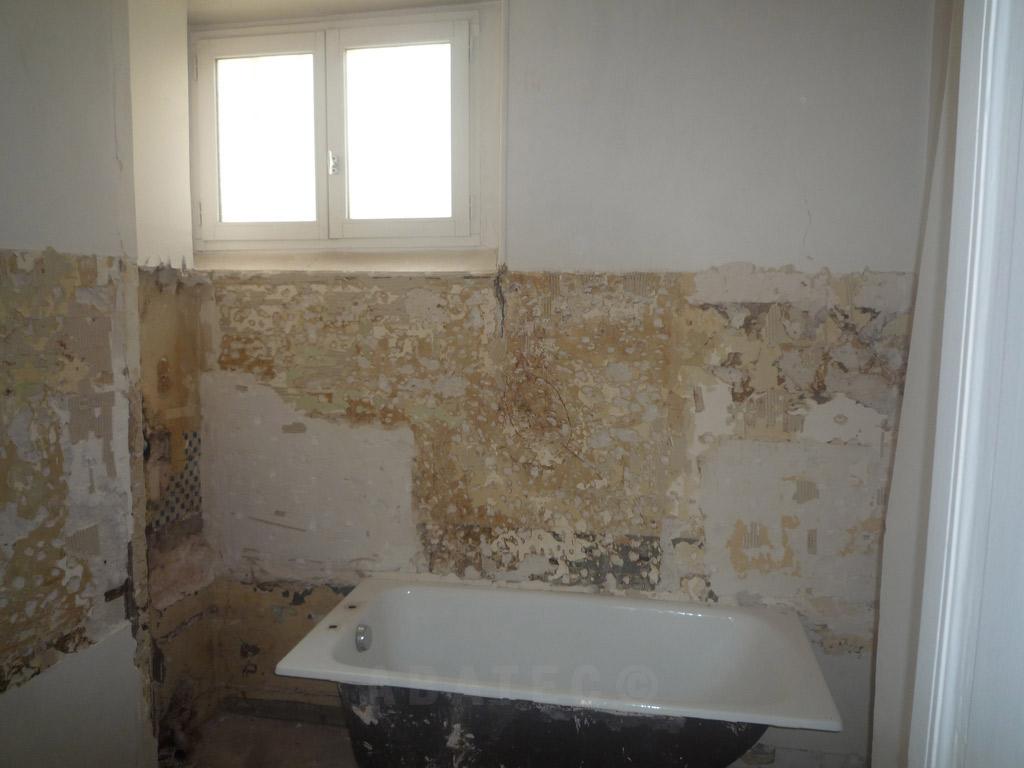 demolition plomberie salle de bain