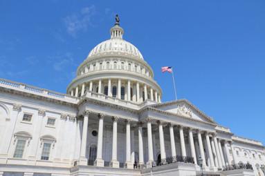 A bipartisan group of U.S. Senators reintroduce Vehicle Innovation Act
