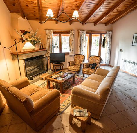 Collon Cura Lodge 2020-178.jpg