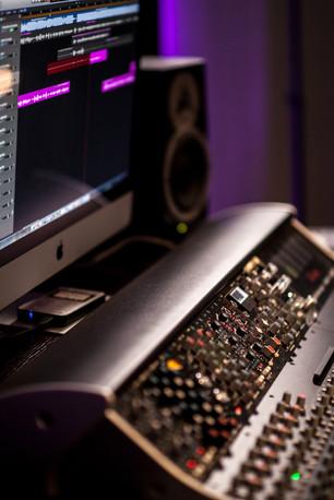 nautilus studios 8