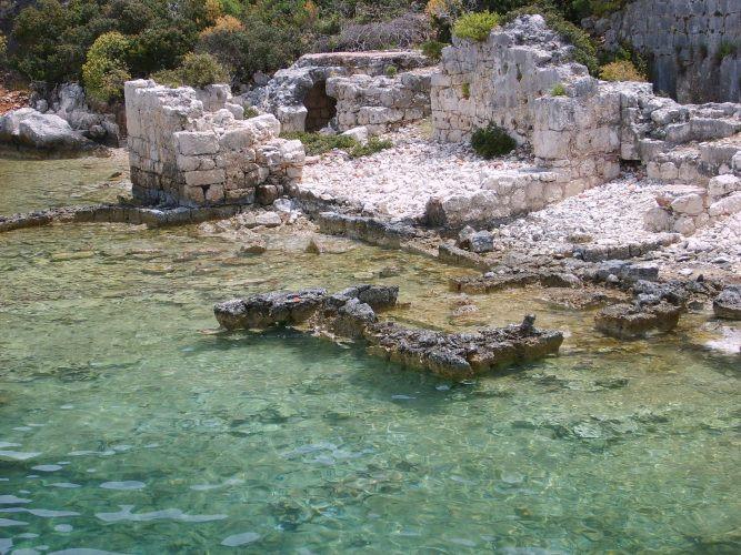 Kekova: Su Altındaki Tarihi Kalıntılarıyla Ünlü Yer