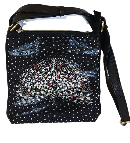 Can be used as a shoulder bag or crossbody.