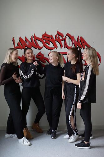 Matilda Asp, Alva Hansen, Josefine Sebring, Emma Sundbergh, Julia Kristoffersson