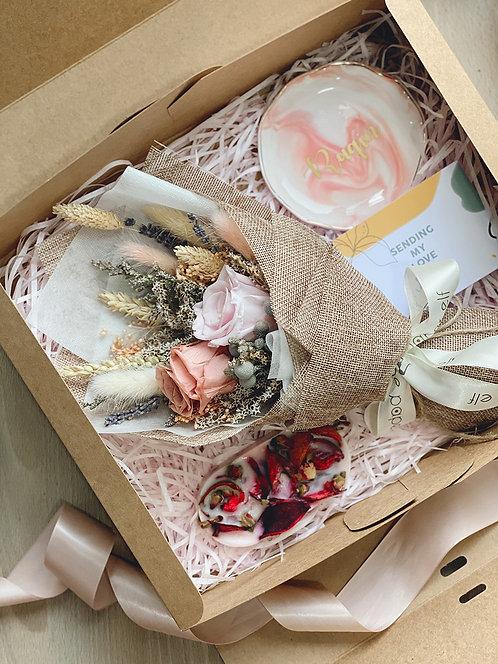 Blushing Breia Gift Box