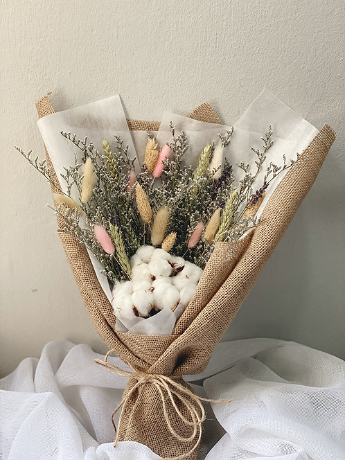 Signature Rustic Dried Flowers Bouquet