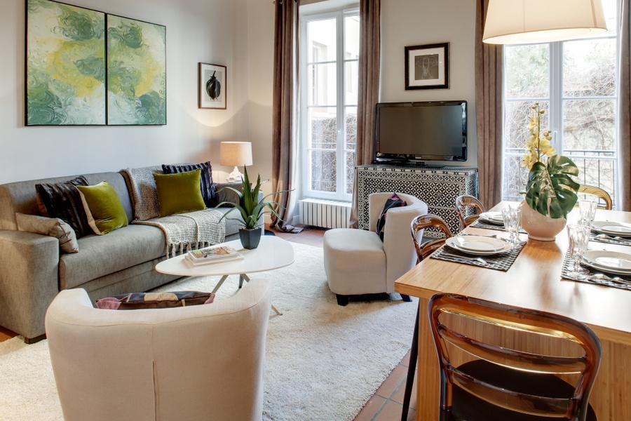 483-paris-apartment-rent2-bedrooms-2-bathrooms-le-marais--beaubourg-square-du-temple-2bdr-2ba-private-homes-21-a viagemcerta