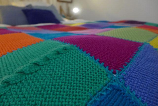 Colcha de trico colorida_A Viagem Certa5