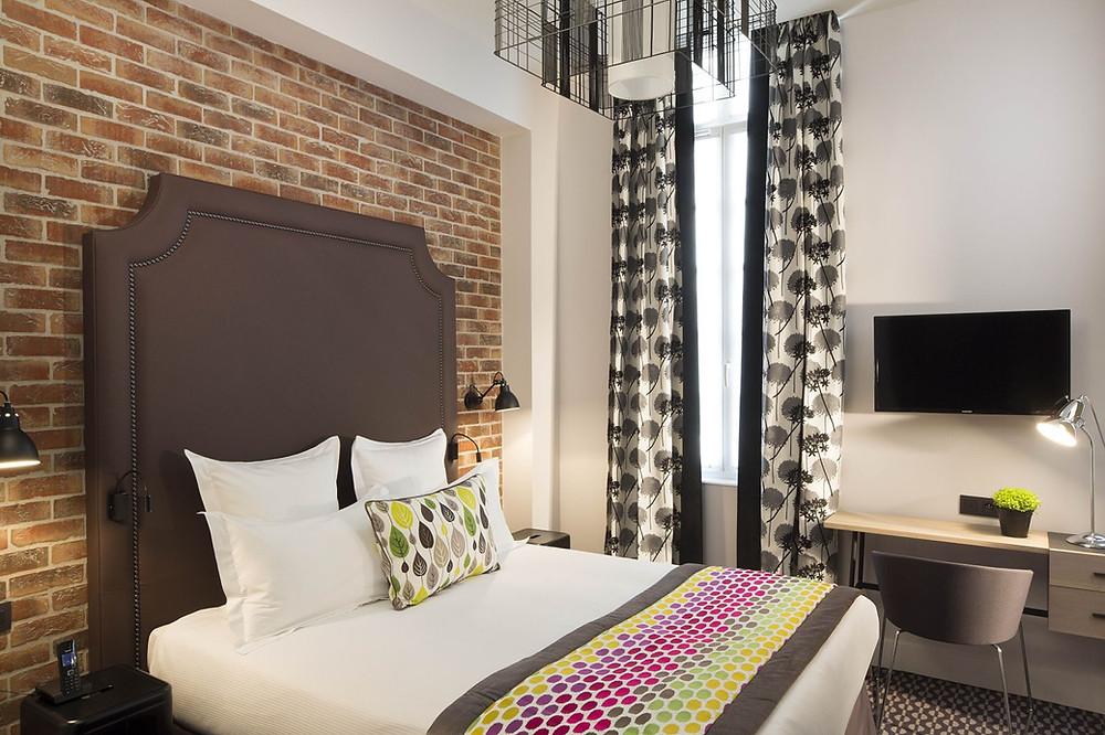 hotel-fabric-deluxe-room