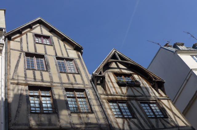 rue Francois Miron_Claudia Gazel_A Viagem Certa_dicas de Paris - 1 (1)