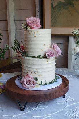 Rustic Wedding Cake VT