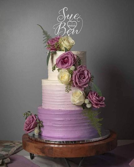 Three tier wedding cake VT