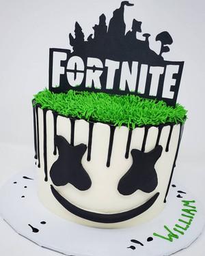 Marshmello Fortnite Cake VT