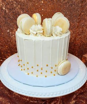 Macaron Cake VT