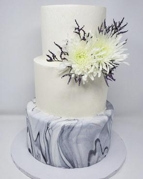 Modern Mable Wedding Cake VT