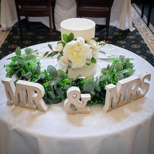 Peony Wedding Cake VT