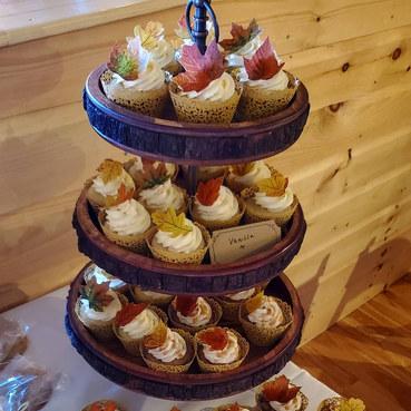 VT Fall Wedding Cupcakes