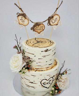 Birch Wedding Cake VT