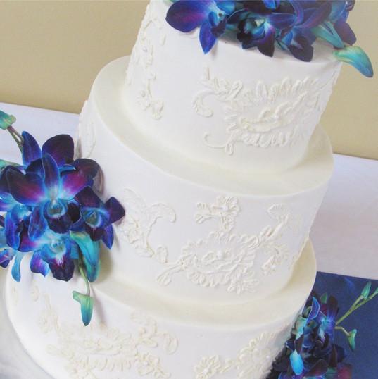 Wedding Cakes Minnesota.jpg