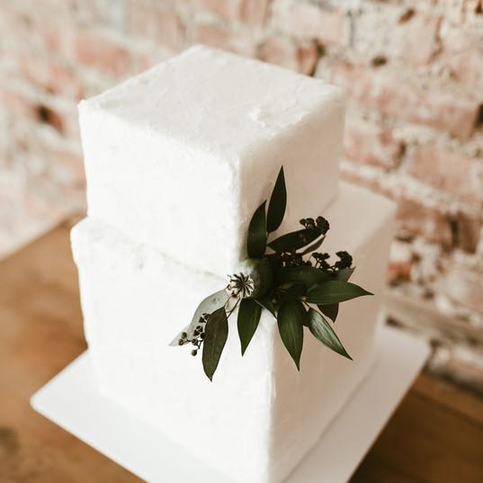 Rustic Modern Wedding Cake 2018