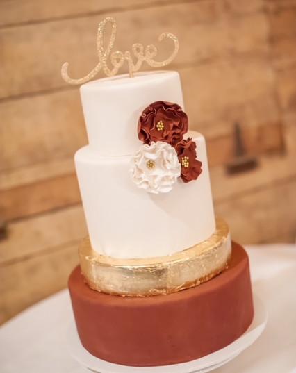 multi layered farm wedding cake