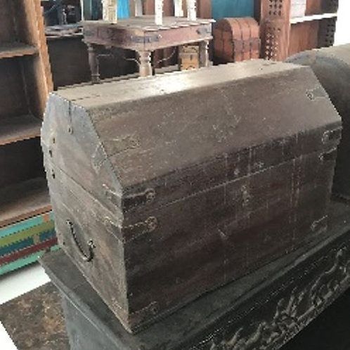 Reclaimed Wood Dark Stain Finish Chest Box