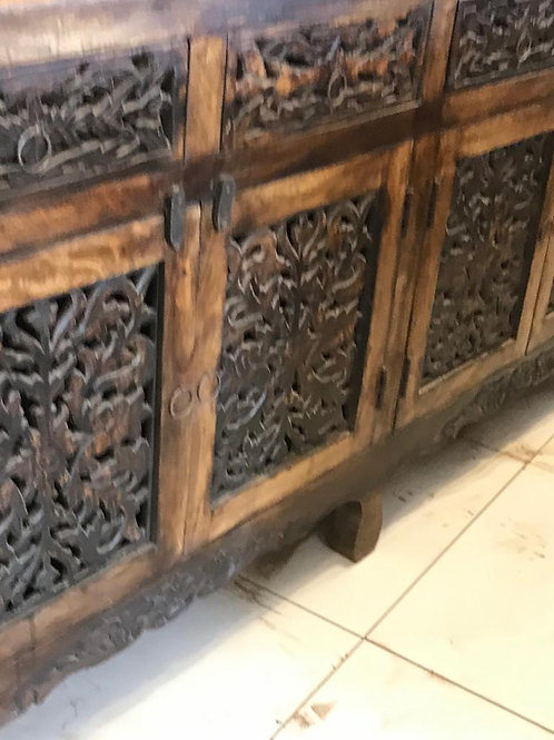 Hand Carved 4 Door / 4 Draw Sideboard in Dark Stained Natural Finish