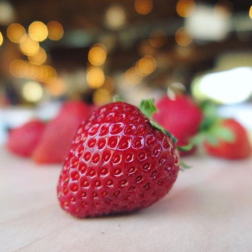 Strawberries: Full Flat (12 pints)