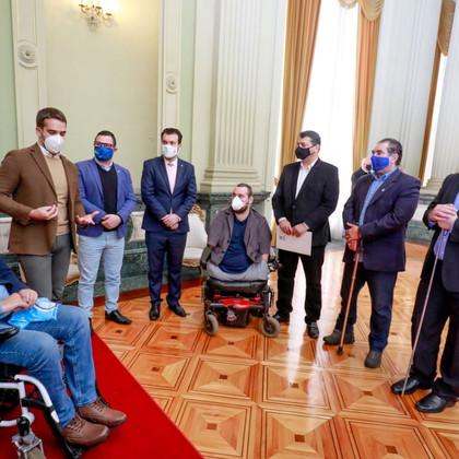Visitando o governador Eduardo Leite