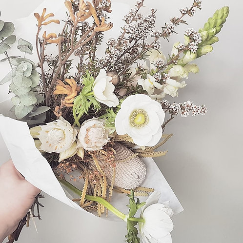 Single posy - florist choice