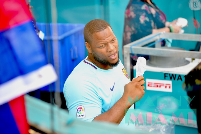 Ndamukong Suh Can't Take the Heat at El Clasico