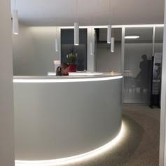création d'un desk d'accueil d'une agence immobilière à Morat (FR)