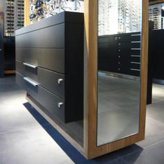 transformation d'un magasin d'optique à Genève . mandat réalisé chez Omarini Micello Architectes SA