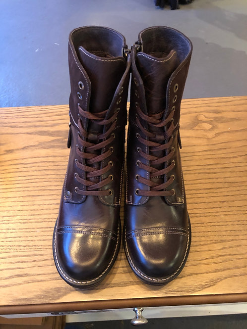 Taos Crave Chocolate Boots