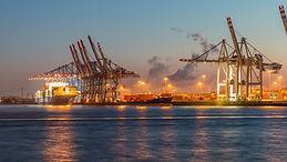 port waters-3138889_1920.jpg