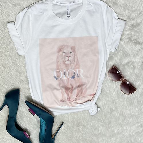 Queen of the Jungle T-shirt (Vintage Feel)